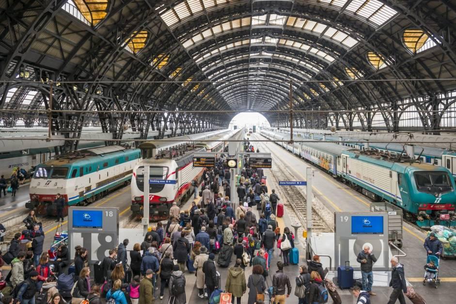 public transportation in milan scaled